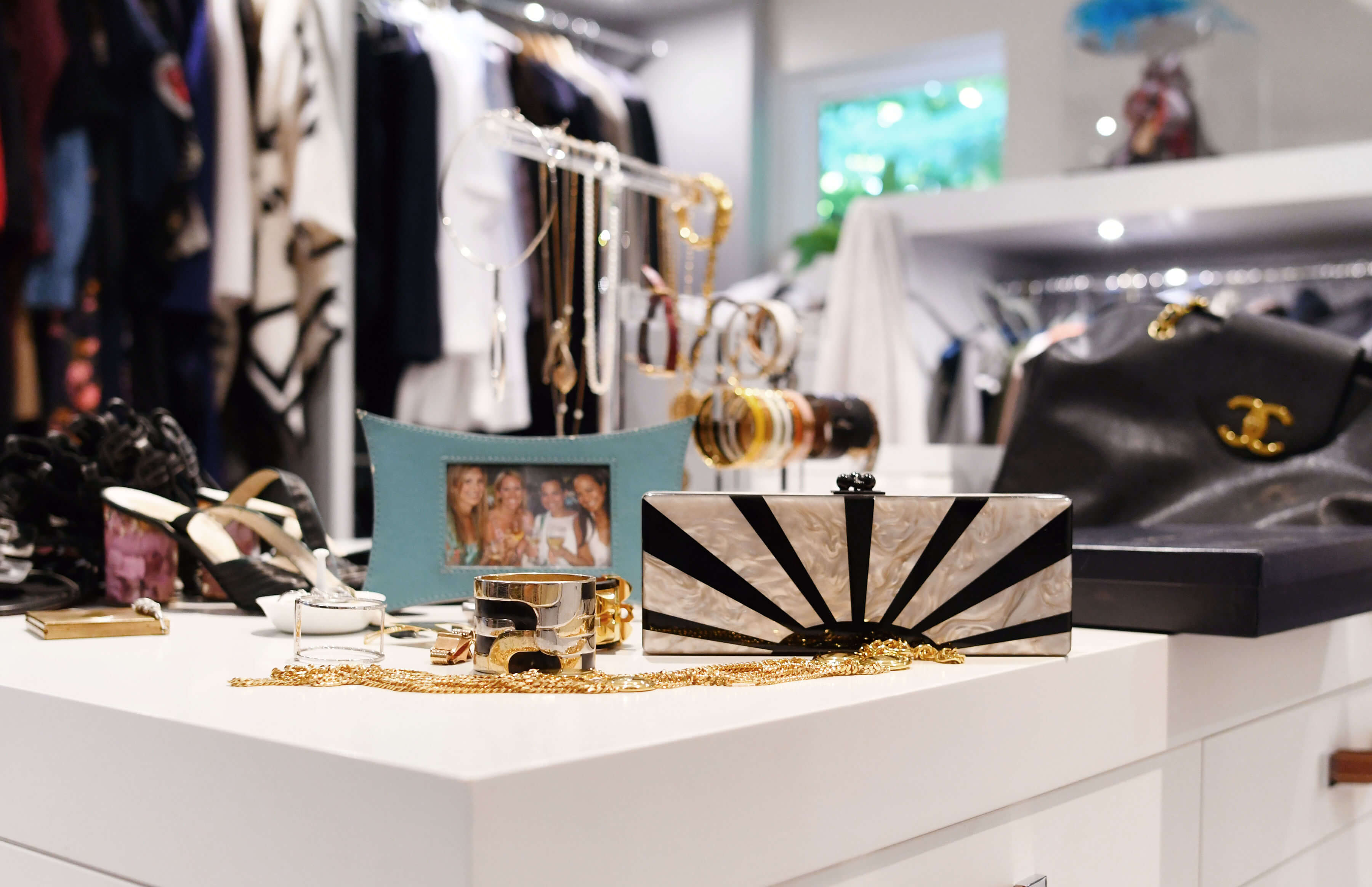 accessories of Gina Pell & Amy Parker of The What